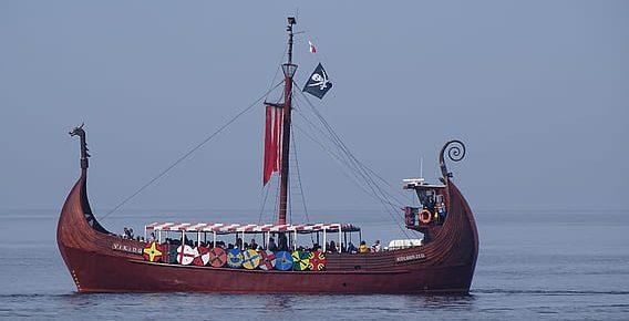 Tribunales competentes en casos de difamación por Internet cuando la víctima es real pero indeterminada: el barco de Teseo se hace a la mar.